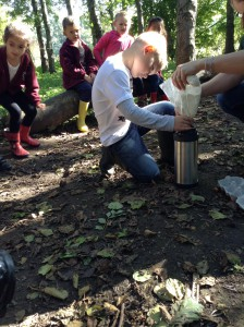 Forest School - Safe Fire Skills 029