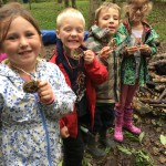forest-school-week-3-group-1-sept-26th-16-004